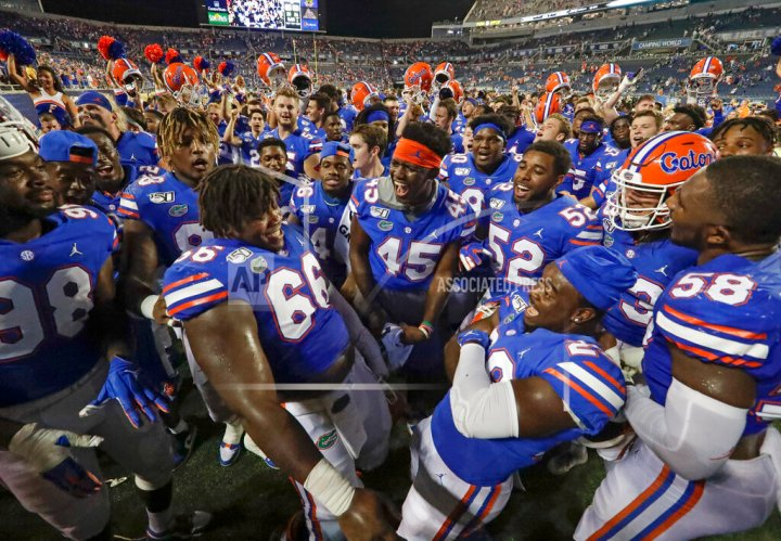 Gator Defensive Backs Making It Work